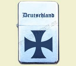 ZAPAĽOVAČ BENZÍNOVÝ DEUTSCHLAND  - Deutschland kríž veľký vstrede