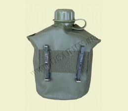 FĽAŠA US POĽNÁ 1Q (0,95 LTR) S  PVC OBALOM S 2 ALICE KLIPMI ZÁNOVNÁ - Oliv zelená